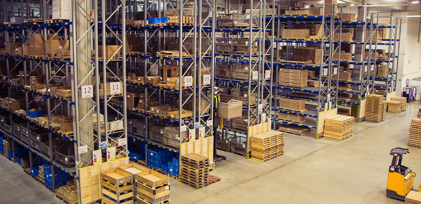 warehouse, contract logistics